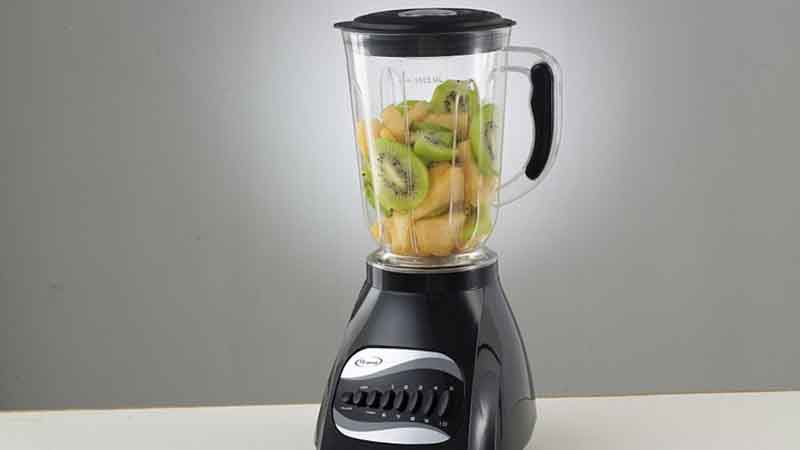 Top 5 Best Blenders for Juicing and Smoothies